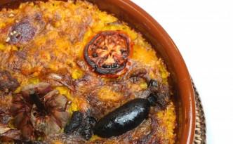 El arroz al horno es uno de los platos estrella de la Casa La Abuela.
