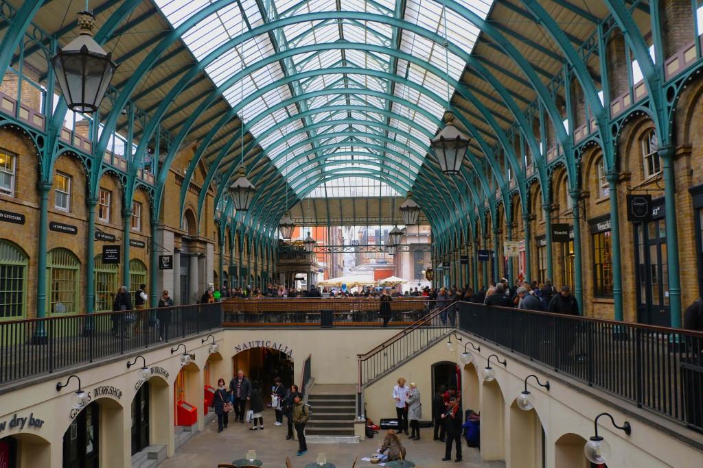El mercado de Covent Garden es famoso sobre todo por sus variopintas actuaciones.