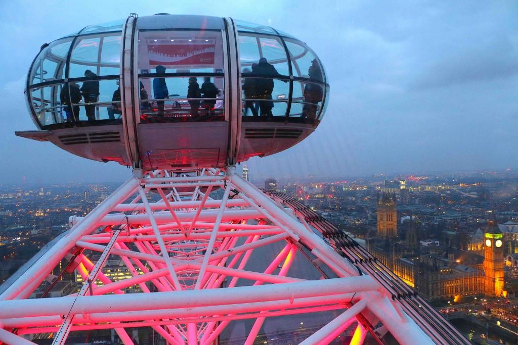 El London Eye cuesta cerca de 30€ pero vale la pena por las vistas de toda la ciudad.